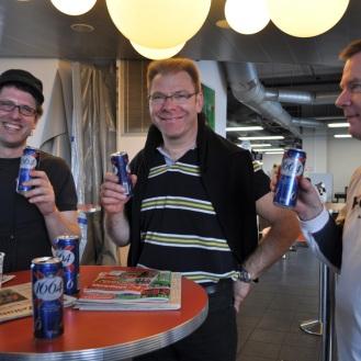 erstes Bierchen.. das wird ein guter Toern, Laurent, Rene, Stigi